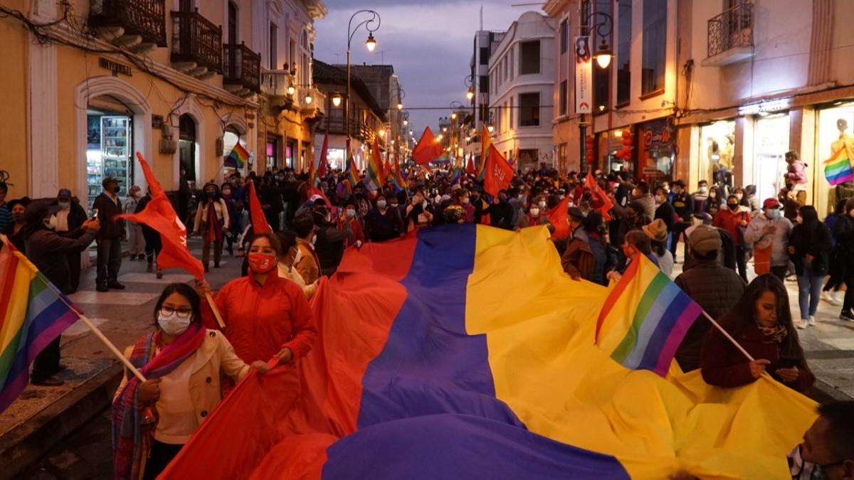 Movimiento indígena de Ecuador declara paro nacional