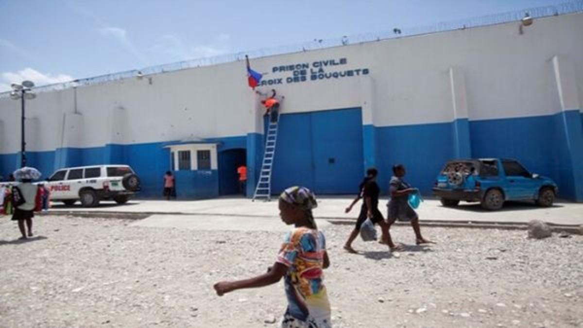 Registran 8 fallecidos tras intento de fuga en prisión haitiana