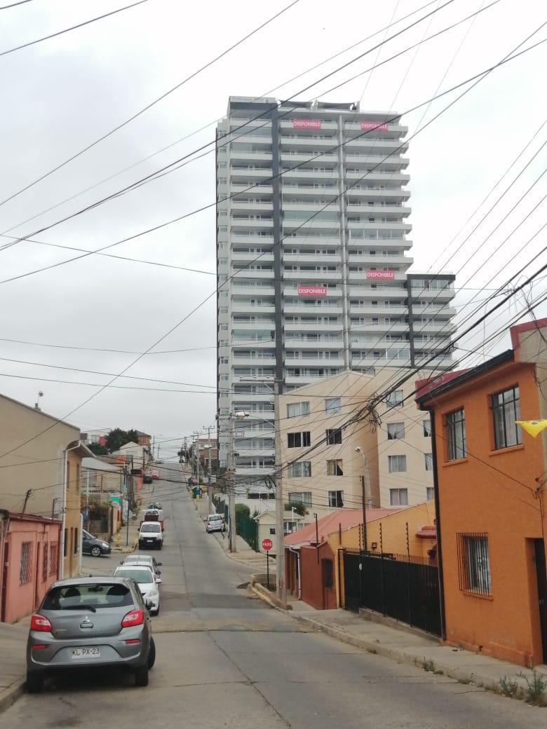 Inmobiliaria concluye monstruoso edificio en terrenos cedidos por Muni de Viña a CEMA-Chile con fines sociales