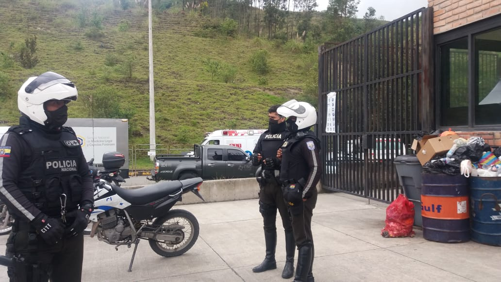 Caos en tres cárceles de Ecuador: más de 60 muertos por motines