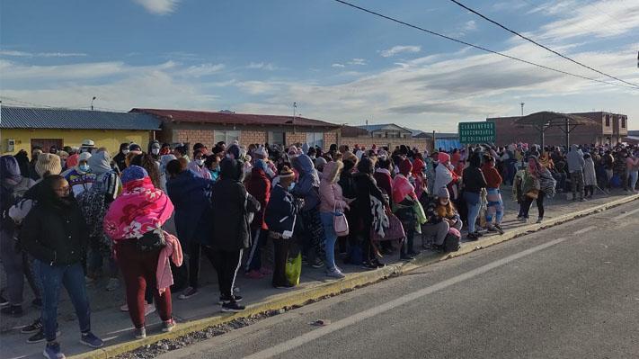 """Senador Navarro por crisis migrante: """"Colchane se ha convertido en la Ciudad Juárez de Chile"""""""