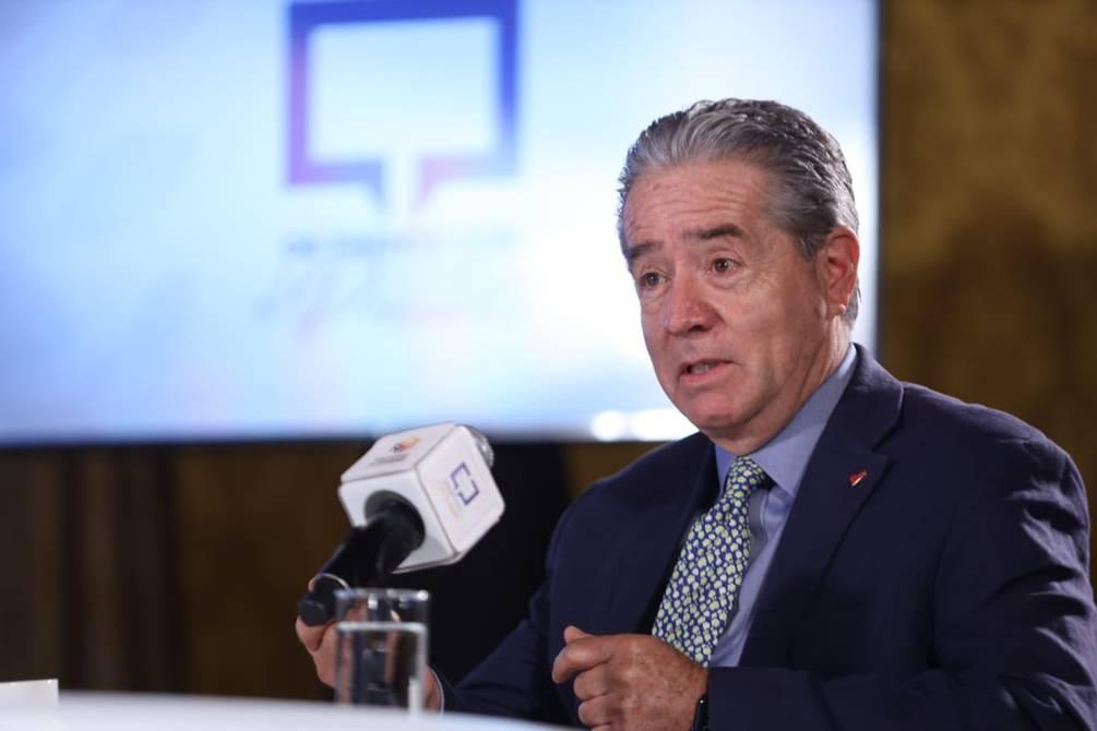Ecuador: renunció ministro de Salud tras escándalos por vacunas