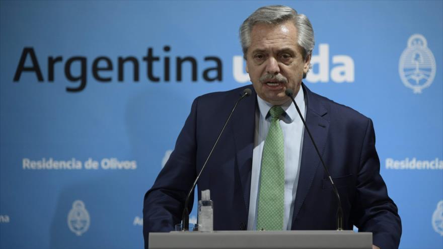 """""""Detesto los privilegios"""": Fernández reitera su condena al """"vacunatorio VIP"""""""