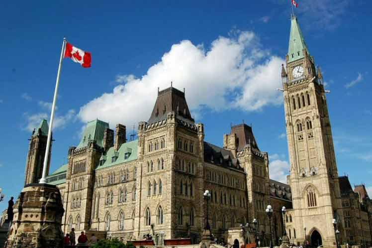 Parlamento de Canadá pide al Gobierno que declare genocidio el trato de China a uigures