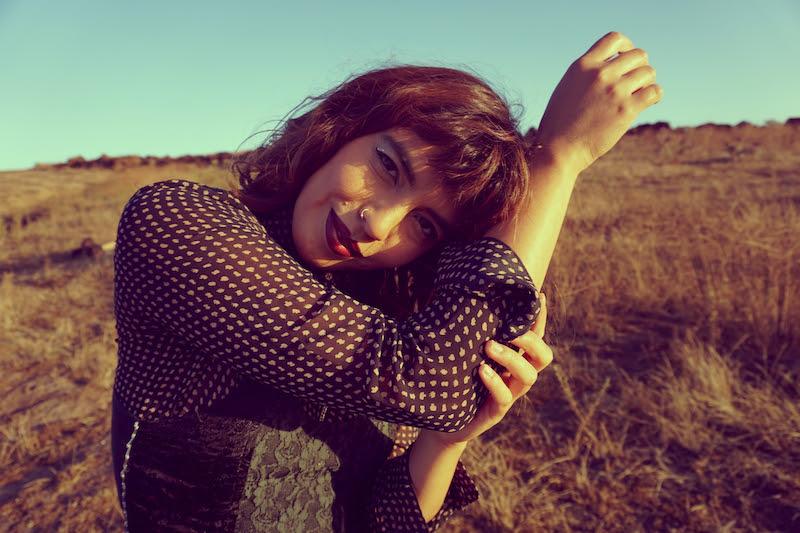 Lucero Van destella una visión melódica y celestial en su álbum debut homónimo