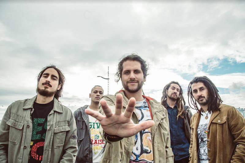 """""""Ilumíname"""": Lo nuevo de la banda de reggae chileno, Vibración Eleva"""