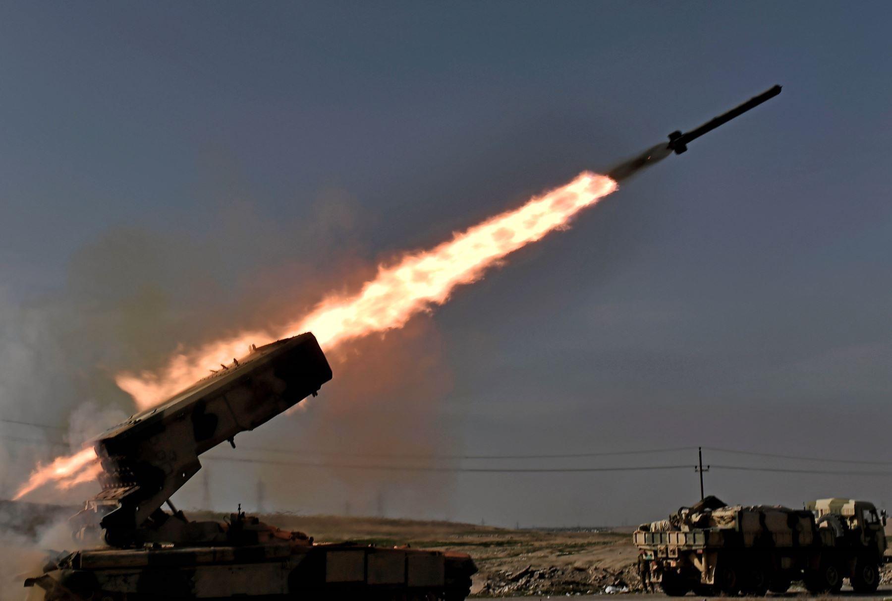 """Corea del Norte condena declaraciones """"injerencistas"""" de Biden sobre lanzamiento de misiles"""