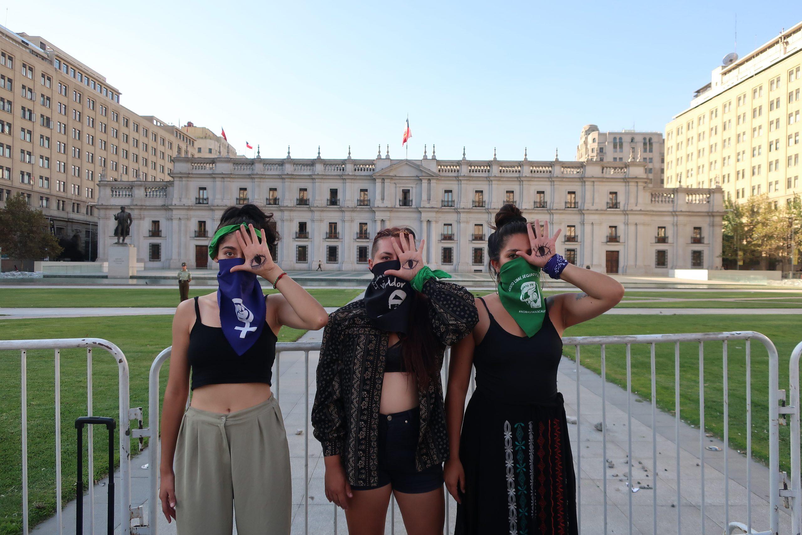 """El 8M de las candidatas feministas a la CC: """"No queremos más violencia, discriminación ni relaciones de opresión, por eso el cambio es estructural"""""""