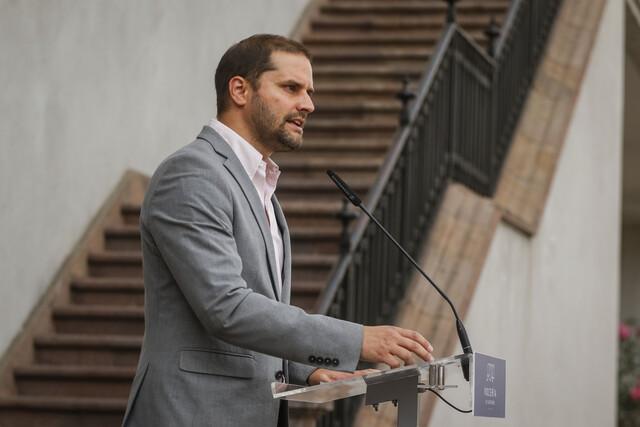 Ministro Bellolio asegura que el Gobierno se mantiene «a firme con las elecciones del 10 y 11 de abril»