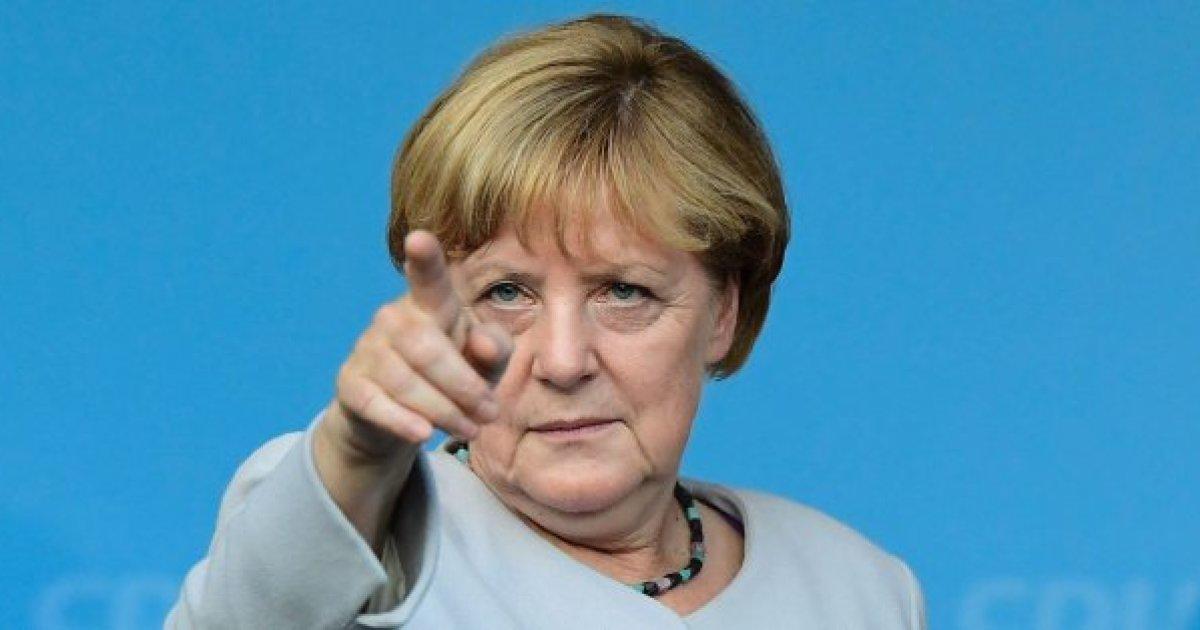 Paridad de género en la política y en la economía: La exigencia de Angela Merkel en el Día de la Mujer