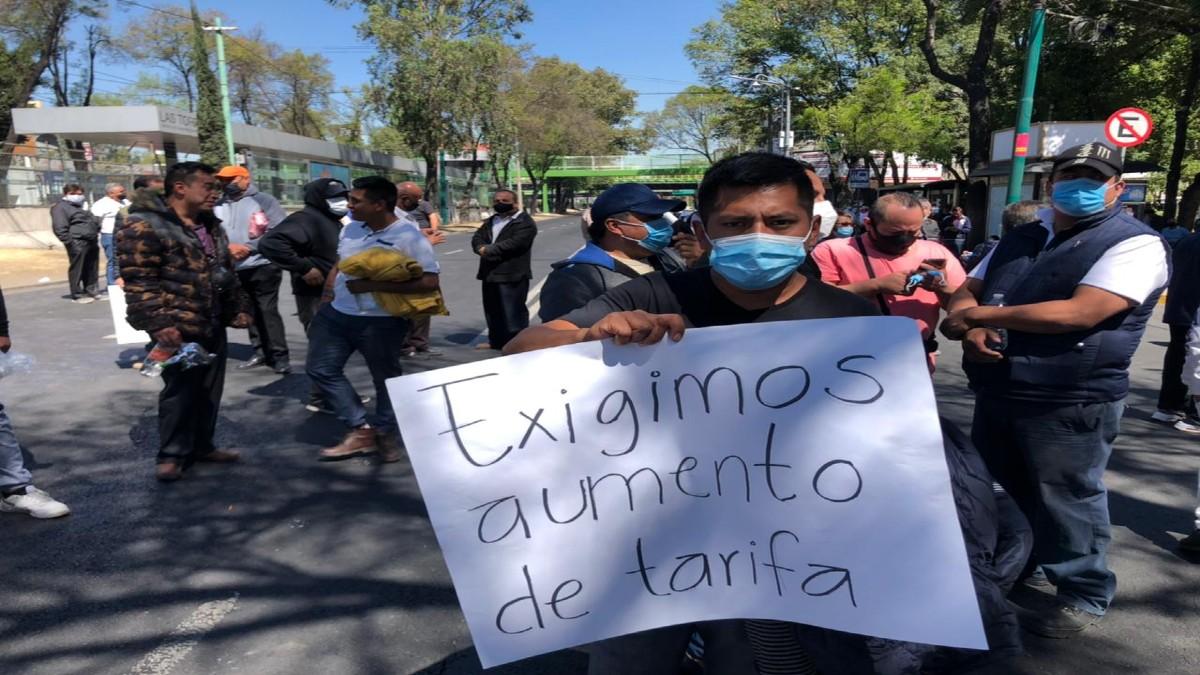 Transportistas trancaron zonas de CDMX por   aumento de tarifa