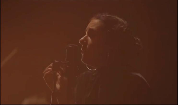 «Por las calles»: Carol Antonia lanza en abril nuevo videoclip