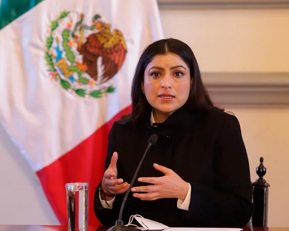 La encrucijada de Claudia Rivera: pedir licencia o mantenerse en el cargo