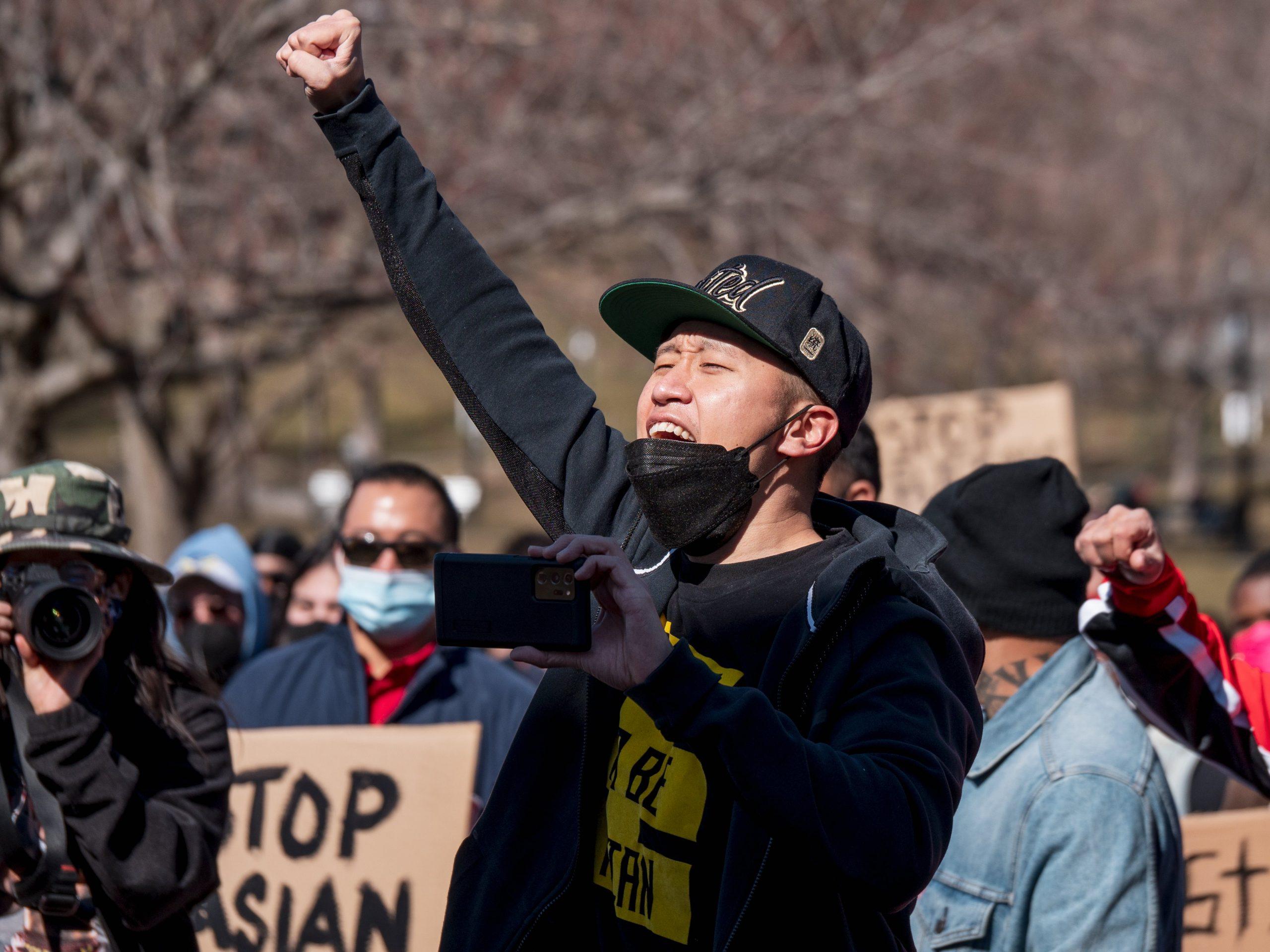 Tiroteo en Atlanta: El racismo contra personas asiáticas en EEUU que resurgió con la pandemia y discursos de Trump