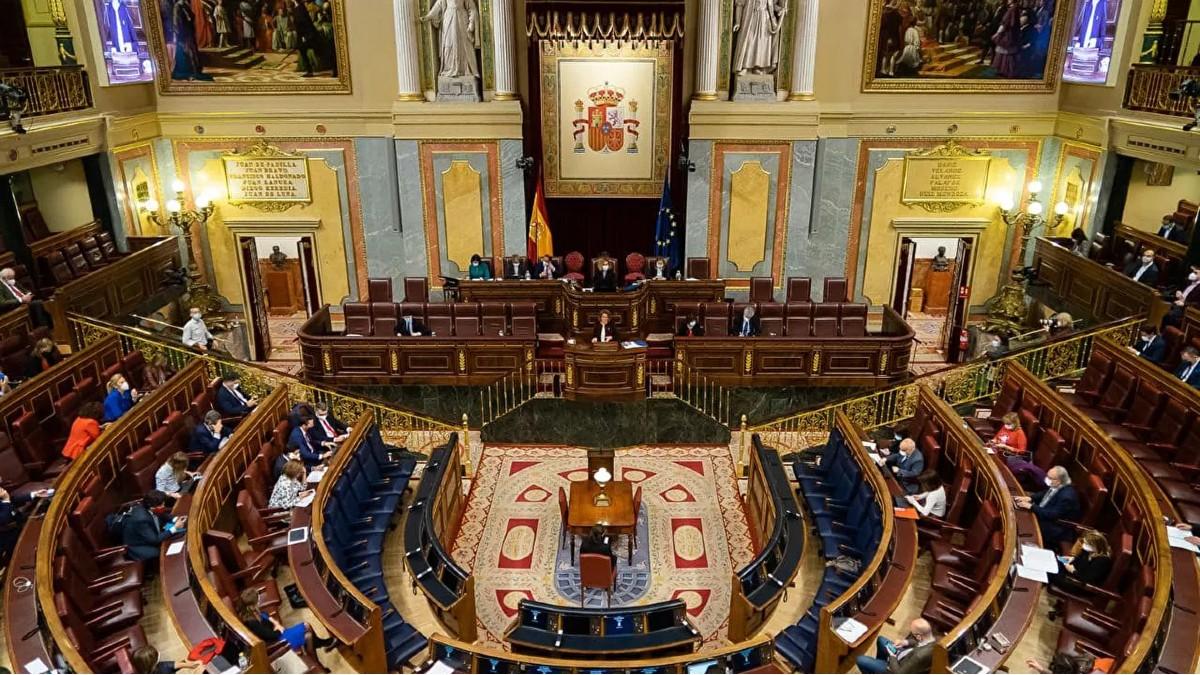 Debaten en España proyecto de ley para la protección de niños, niñas y adolescentes