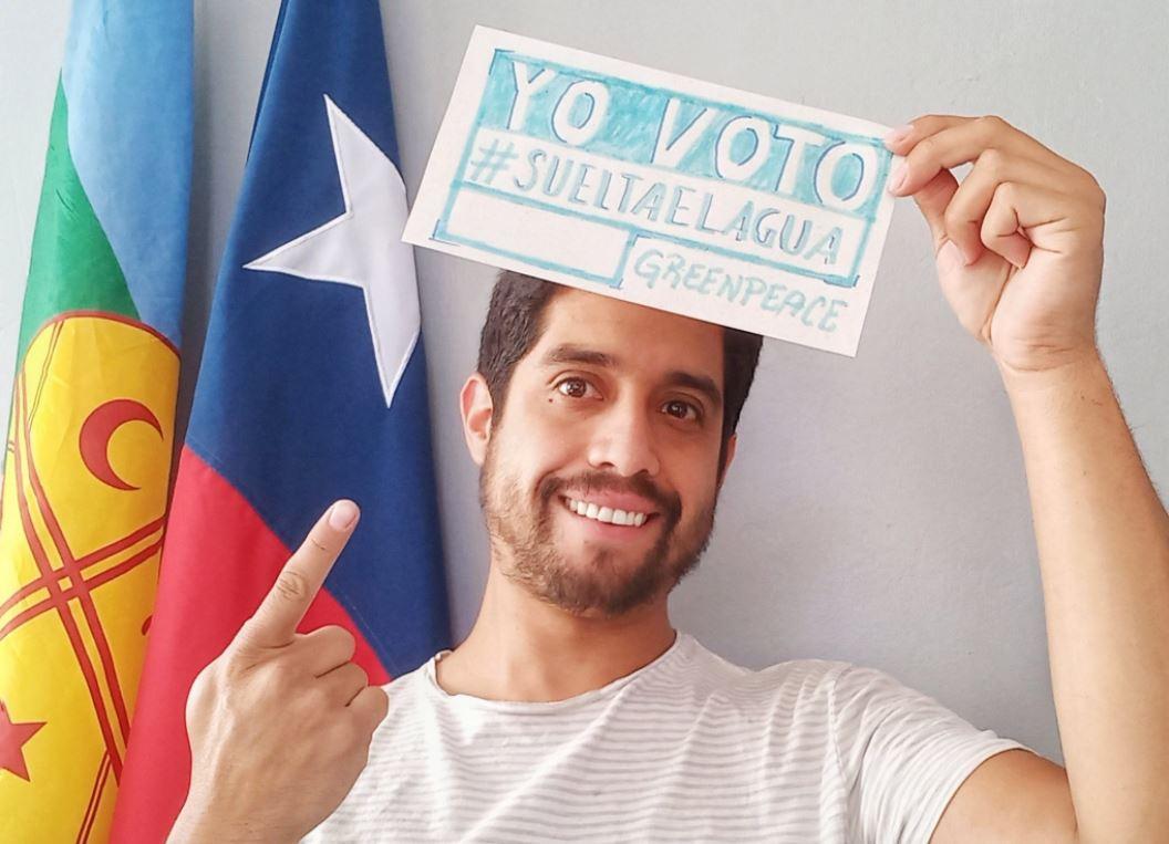 """""""No te metai con el agua"""": Agreden y amenazan a Uriel González, candidato constituyente por el Distrito 9"""