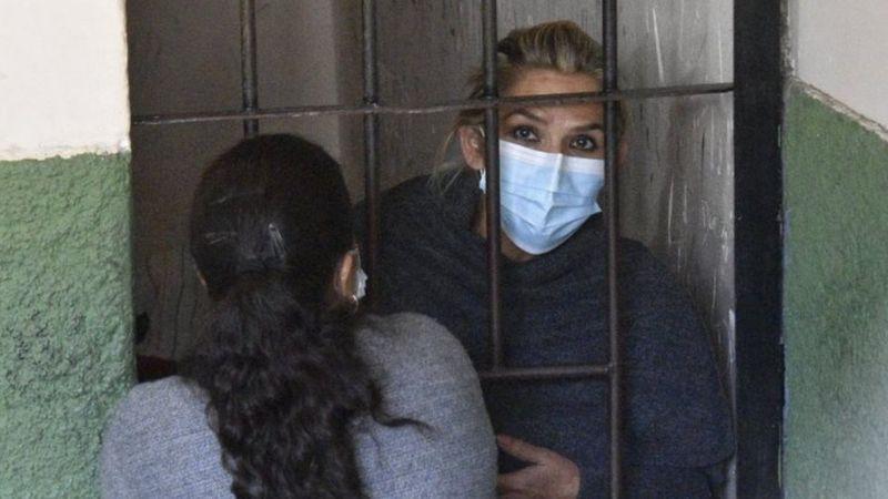 Bolivia: aseguran que Áñez comenzó una «huelga de hambre»
