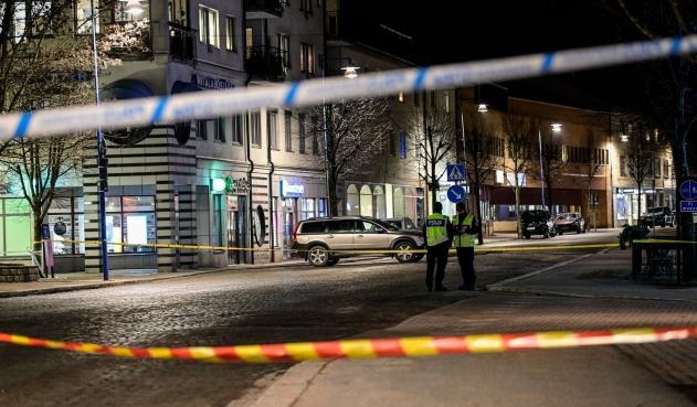Ataque con cuchillo deja al menos ocho heridos en Suecia y se investiga como terrorismo