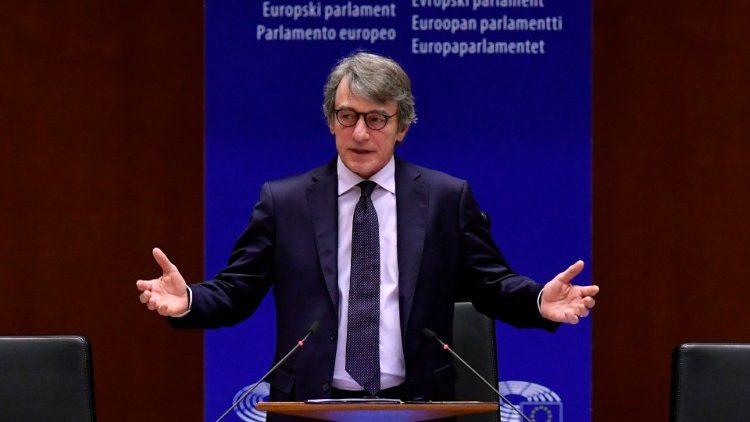 Parlamento Europeo pidió a los Estados acelerar planes de vacunación contra Covid-19