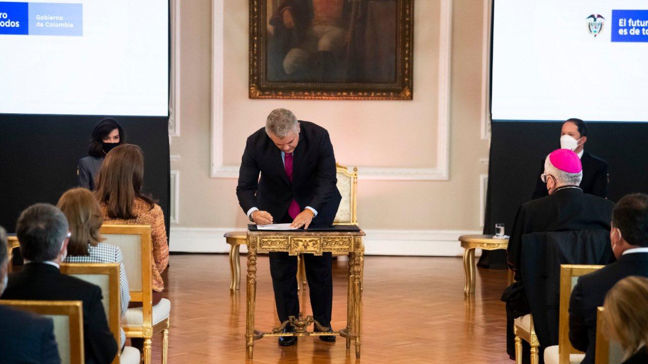 Duque firmó decreto del Estatuto Temporal de Protección para Migrantes Venezolanos
