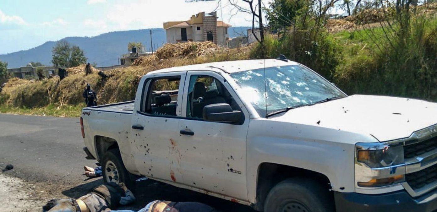 México: al menos 12 agentes policiales mueren tras ser emboscados por delincuentes