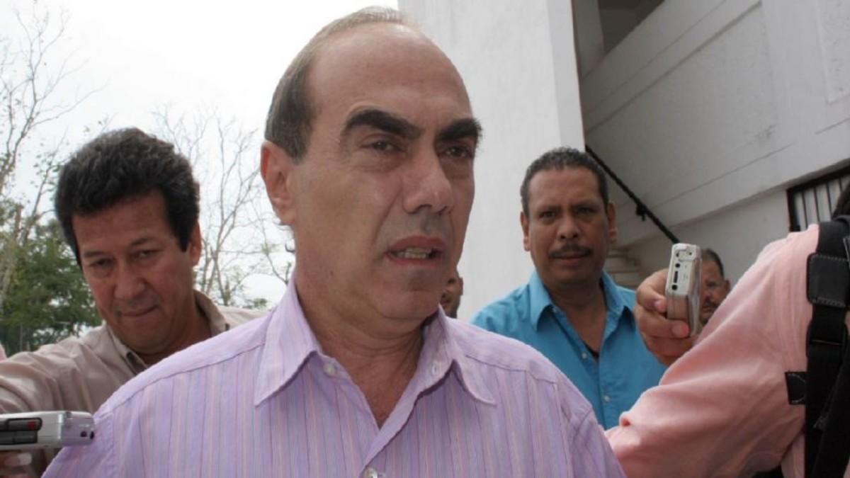 Lydia Cacho: tribunal ordenó a FGR desactivar la ficha roja de la Interpol contra Kamel Nacif