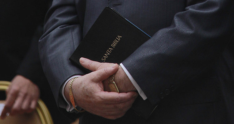Imponen arresto domiciliario a pastor imputado por abuso sexual contra menor en Valparaíso