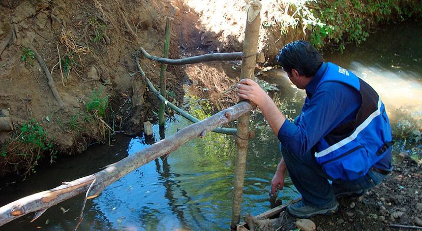 Movimientos socioambientales rechazan proyecto de Piñera de crear Ministerio de Obras Públicas y Recursos Hídricos