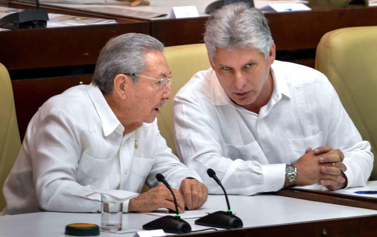 Miguel Díaz-Canel asume el liderazgo del Partido Comunista de Cuba tras renuncia de Raúl Castro