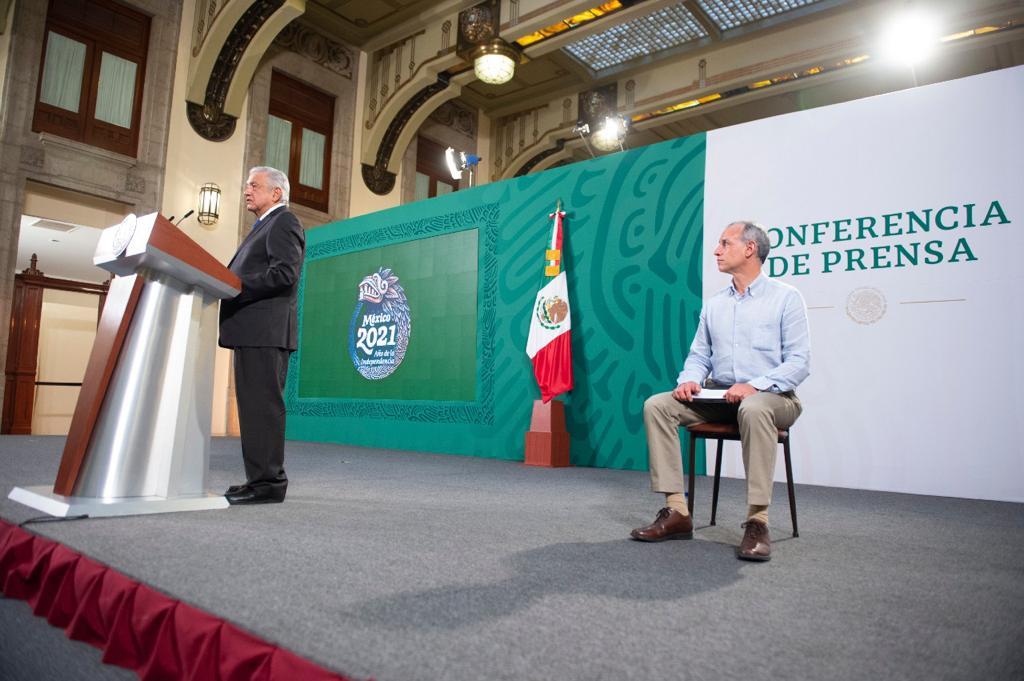 López Obrador critica cancelación de candidaturas morenistas