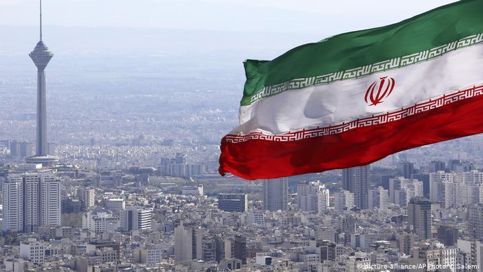 Irán sigue apostando por un mundo multipolar al cumplir 42 años como República Islámica