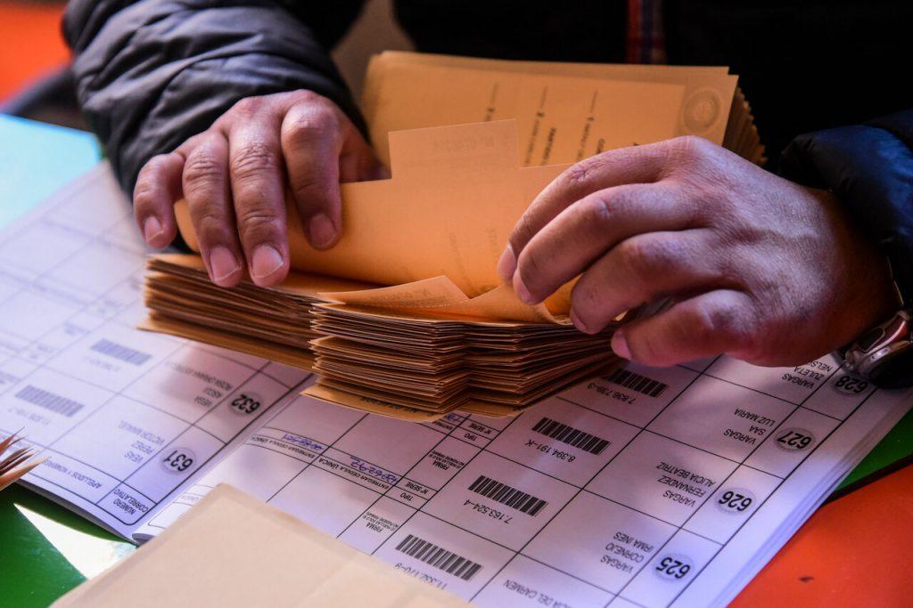 Senado aprueba declarar feriado irrenunciable para las elecciones de mayo