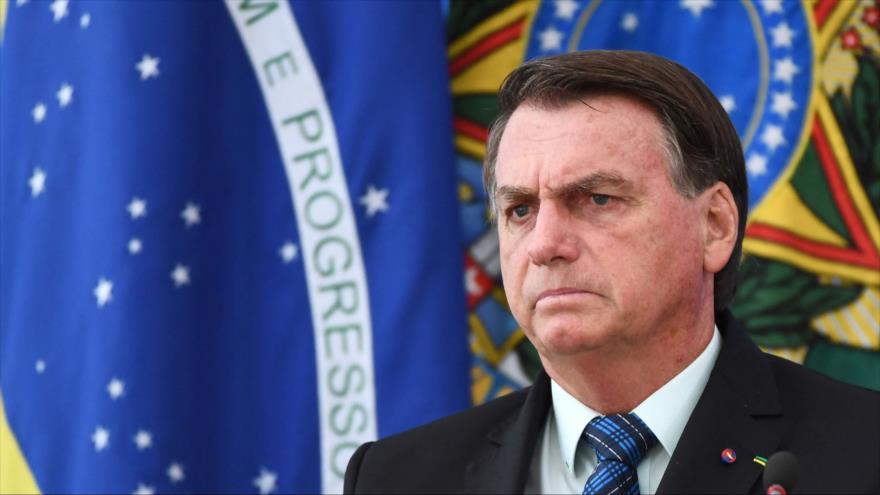 Bolsonaro lanza nuevas amenazas contra gobernadores por medidas anticovid