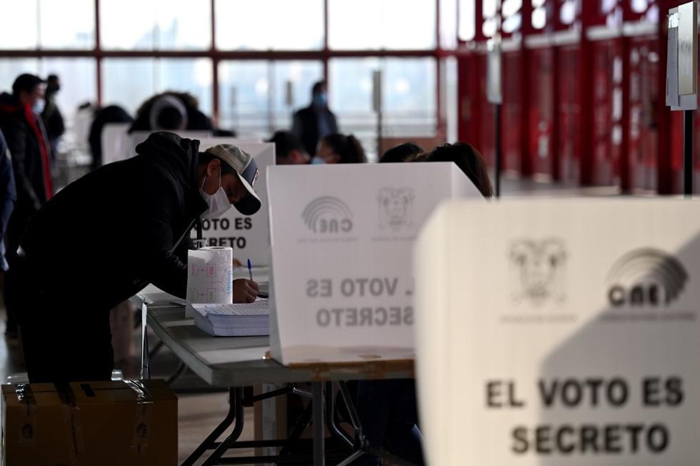 Ecuador, Perú y Bolivia celebran elecciones el próximo domingo en medio de repuntes del Covid-19