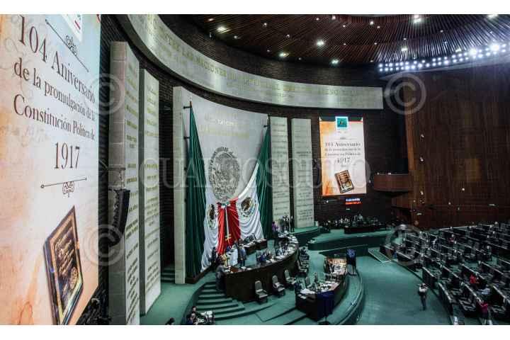 La Constitución se defiende desde la Constitución: Barbosa tilda de grandilocuente a Muñoz Ledo