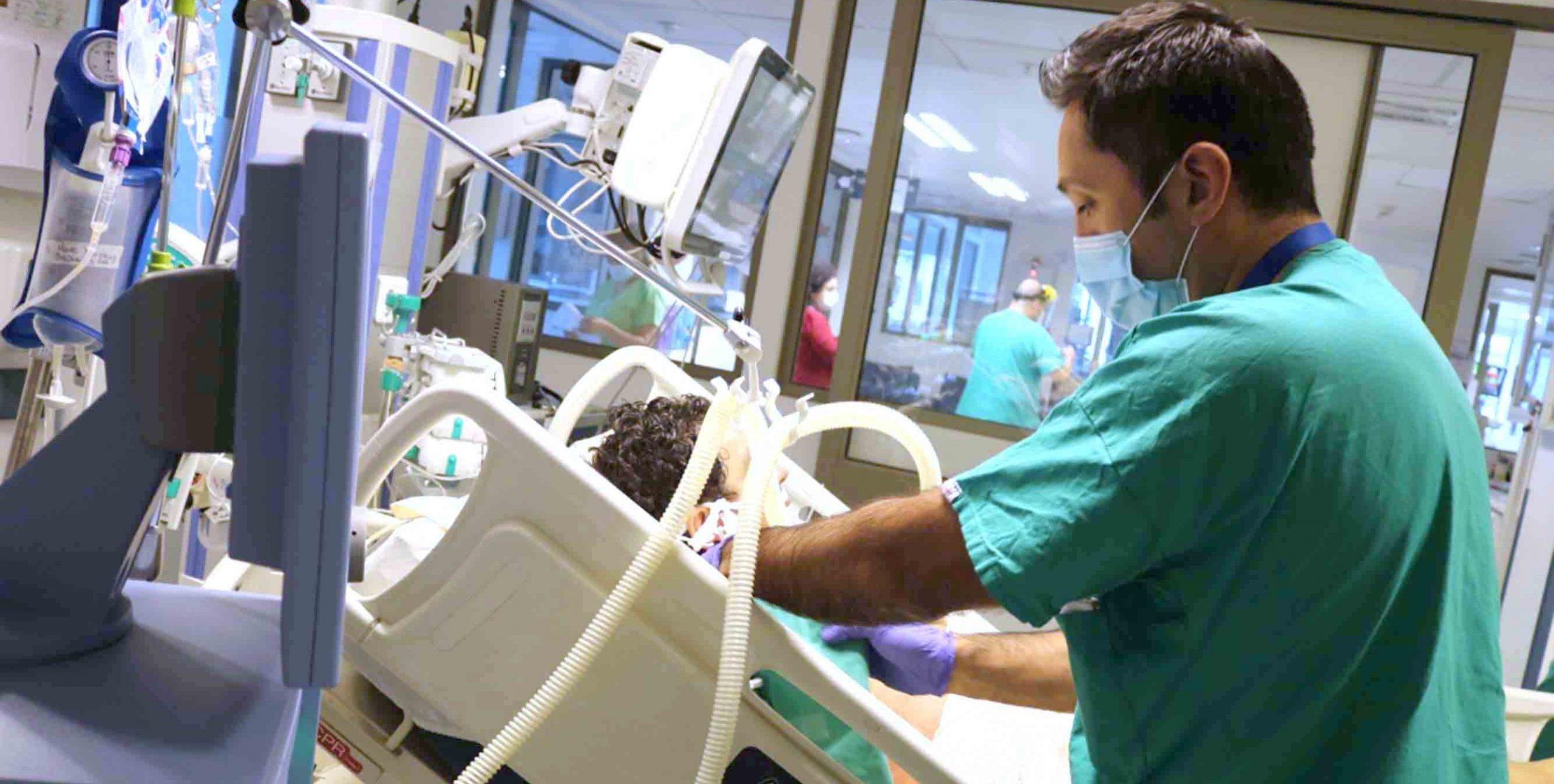 Trabajadores del Hospital de Talagante denuncian colapso