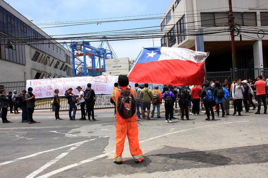 Unión Portuaria llama a preparar huelga general en caso que no se concrete el tercer retiro