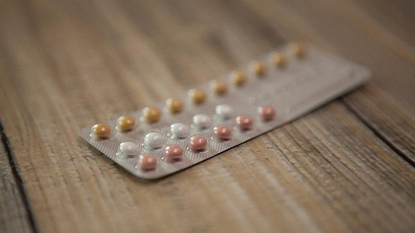 El derecho a la maternidad, el rol de la educación sexual integral y los anticonceptivos fallidos en la visión de dos matronas en las trincheras