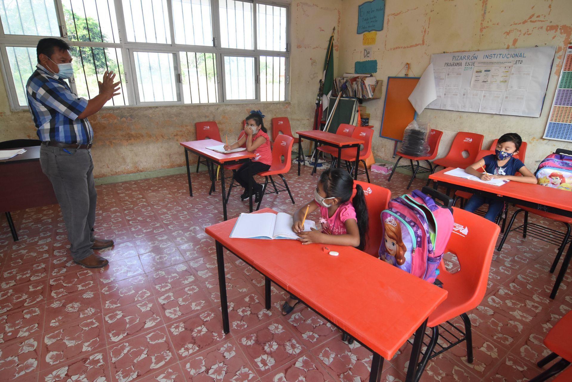 ¡Campeche pone el ejemplo! Este lunes regresaron a clases presenciales casi 6 mil estudiantes