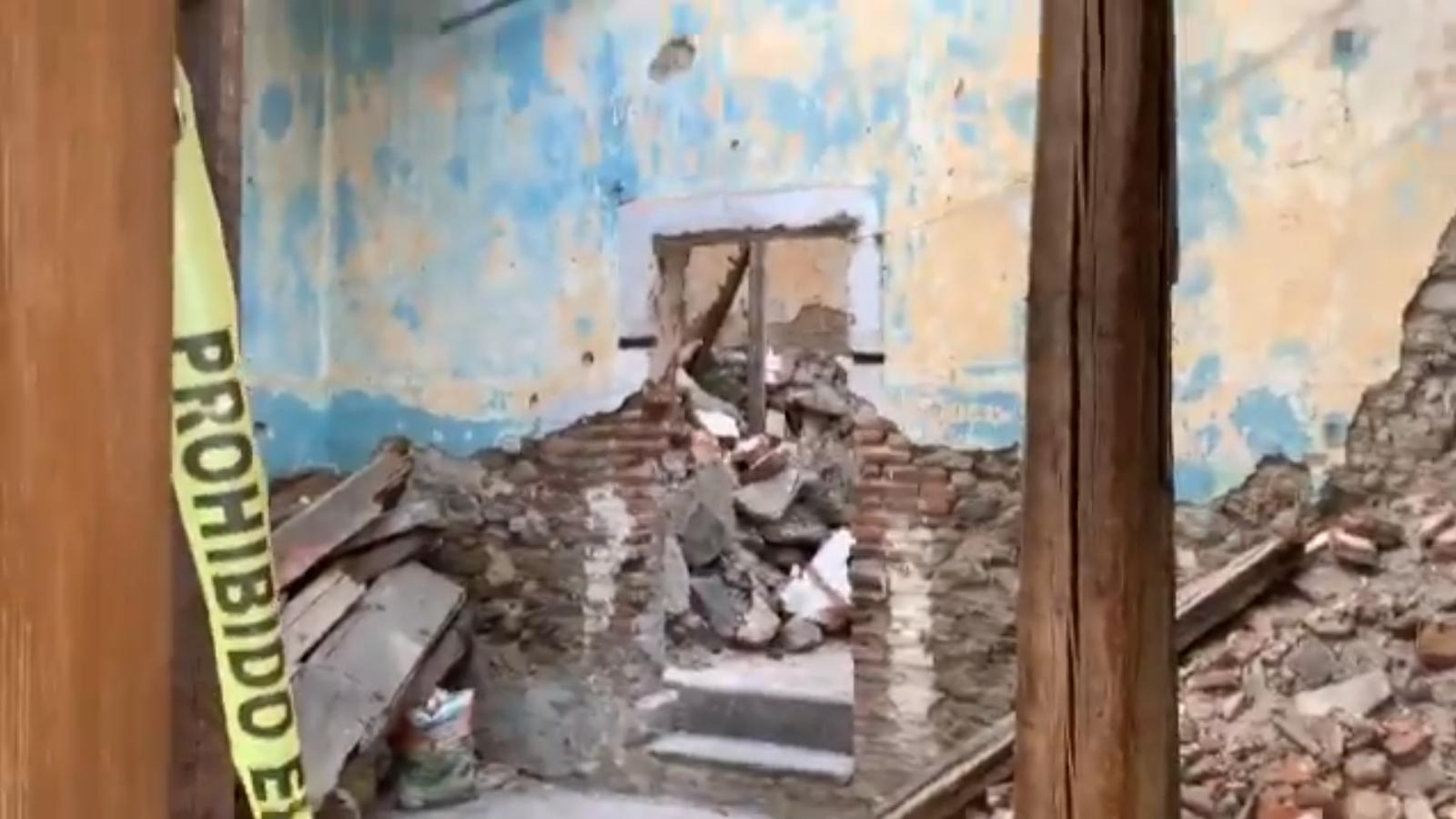 Se derrumba casona en el Barrio de la Luz; habría un lesionado