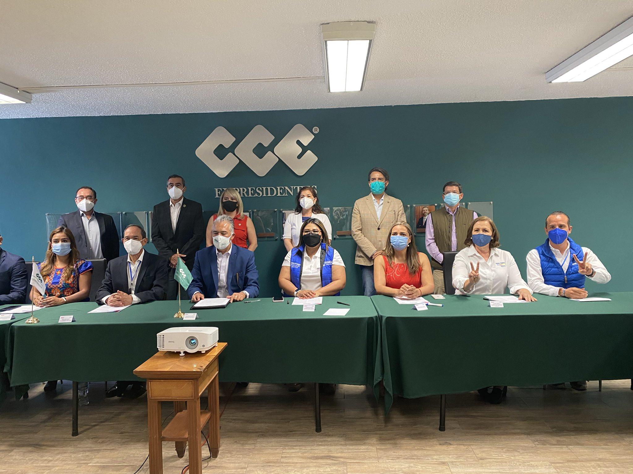 """""""Va por México» acuerda con empresarios reactivar economía"""