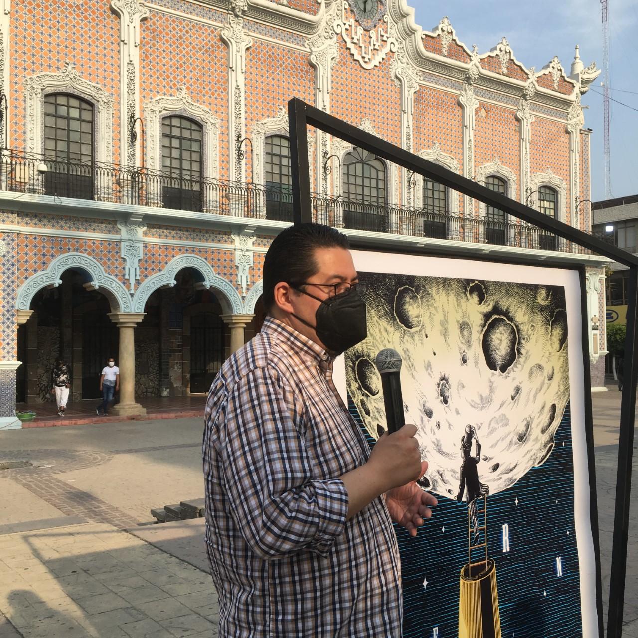 «De metáfora y tinta hecho» exposición de Elmer Sosa