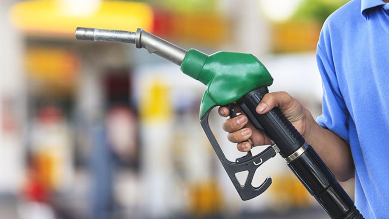 SHCP baja incentivo fiscal a combustibles