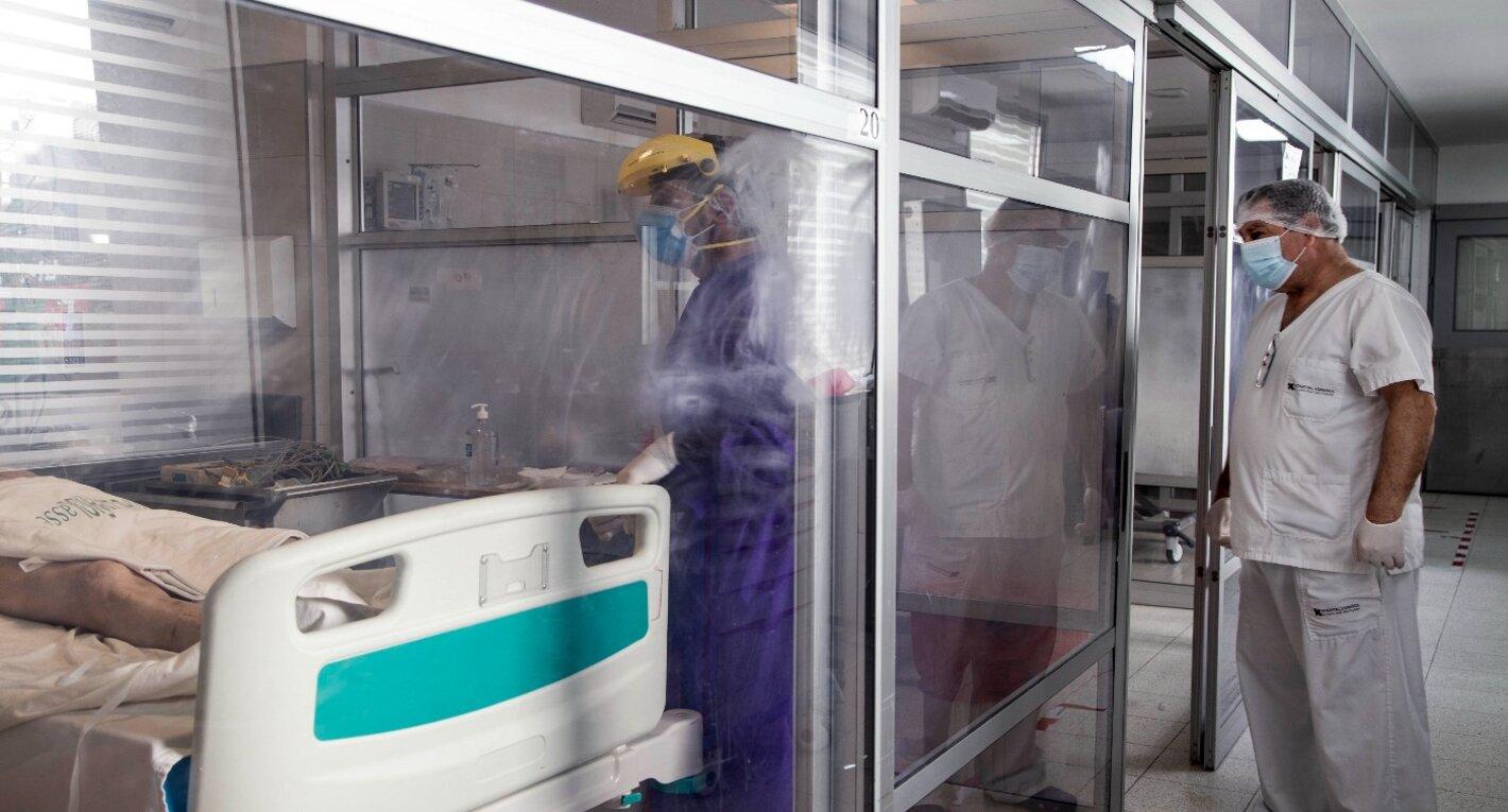 Uruguay: de ser ejemplo en el manejo de la pandemia, ahora lidera número de contagios por millón de habitantes en el mundo
