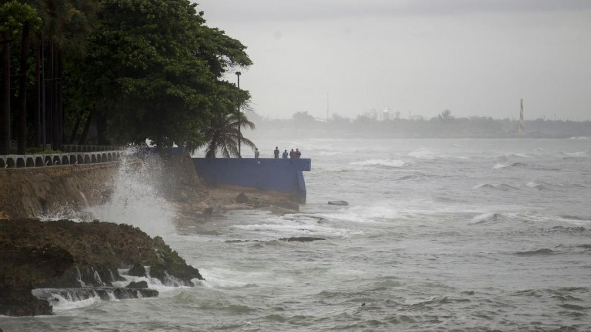 Fuertes lluvias ponen en alerta a 21 comunidades en República Dominicana