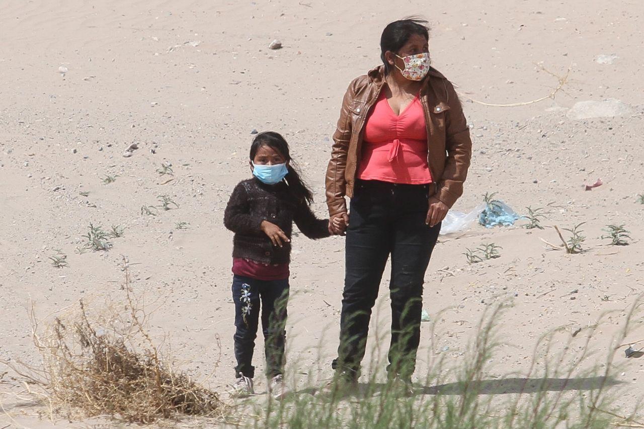 Una mujer y una menor detenidas por la patrulla fronteriza al intentar cruzar a Estados Unidos por Ciudad Juárez