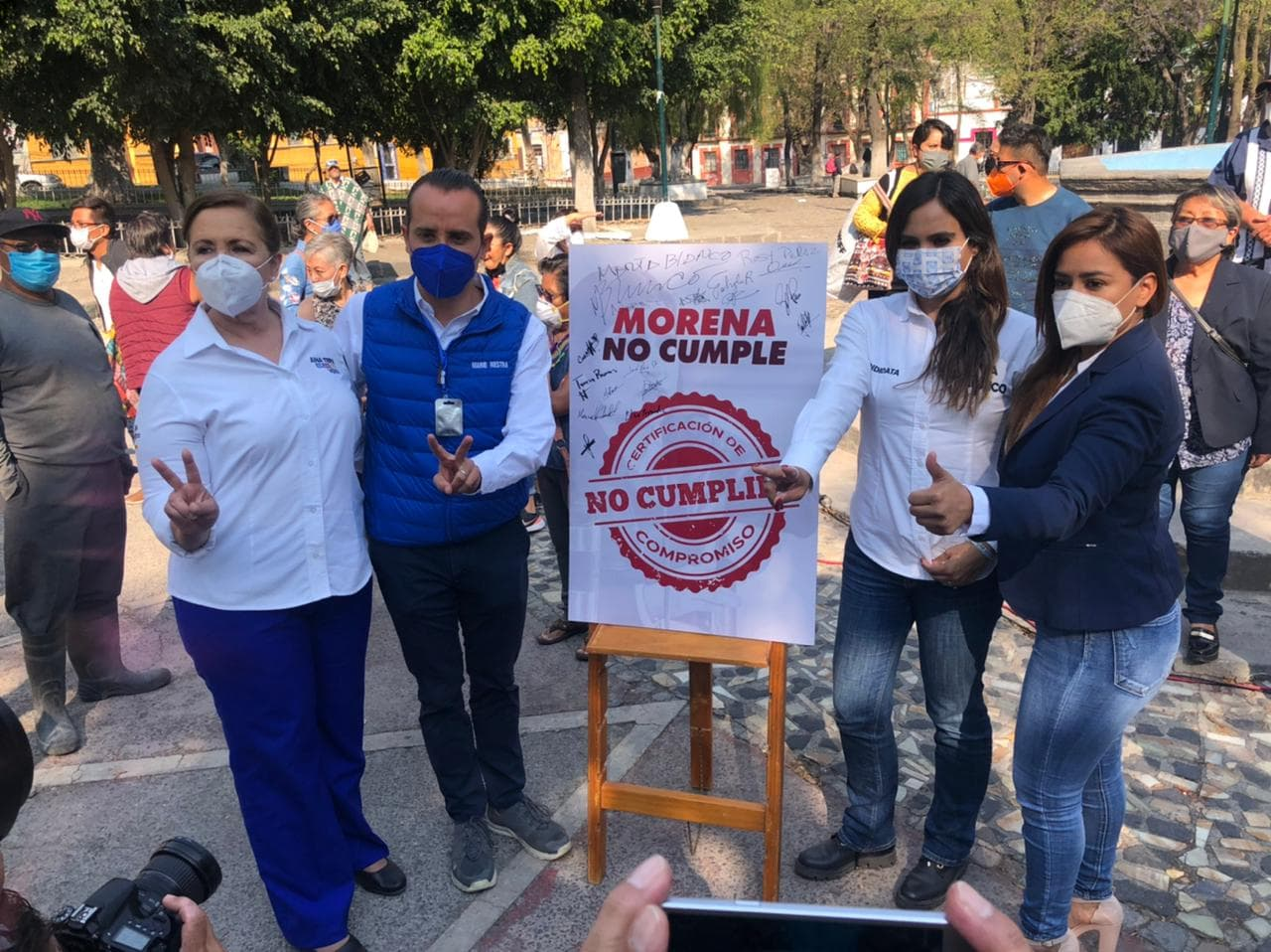 """Candidatas y candidato de Va por Puebla a diputaciones federales prometen """"recuperar los barrios"""""""