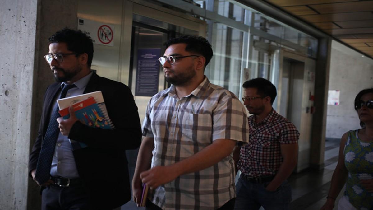Defensa de profesor acusado de daños a estación del Metro recurrirá al TC para que se declare inaplicable Ley de Seguridad del Estado