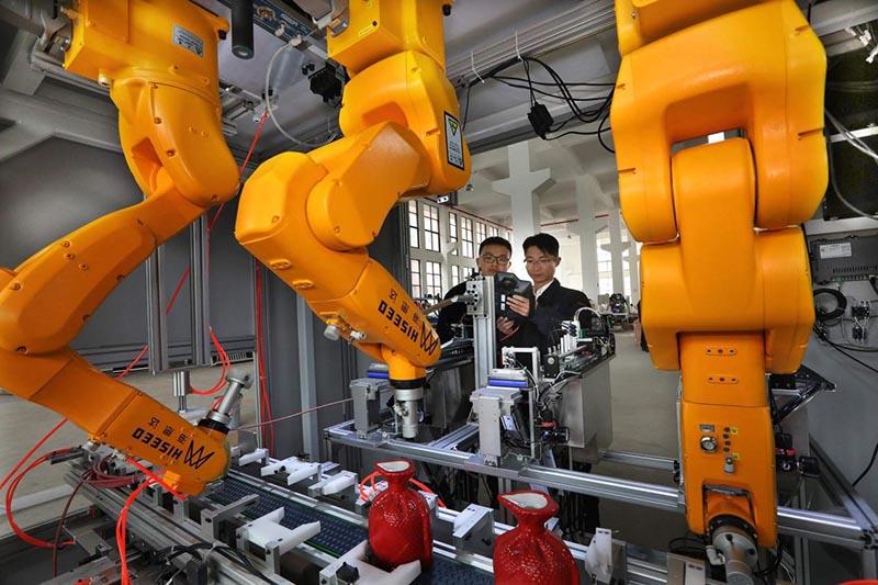 El XIV Plan Quinquenal esboza las líneas generales del desarrollo económico y social de China