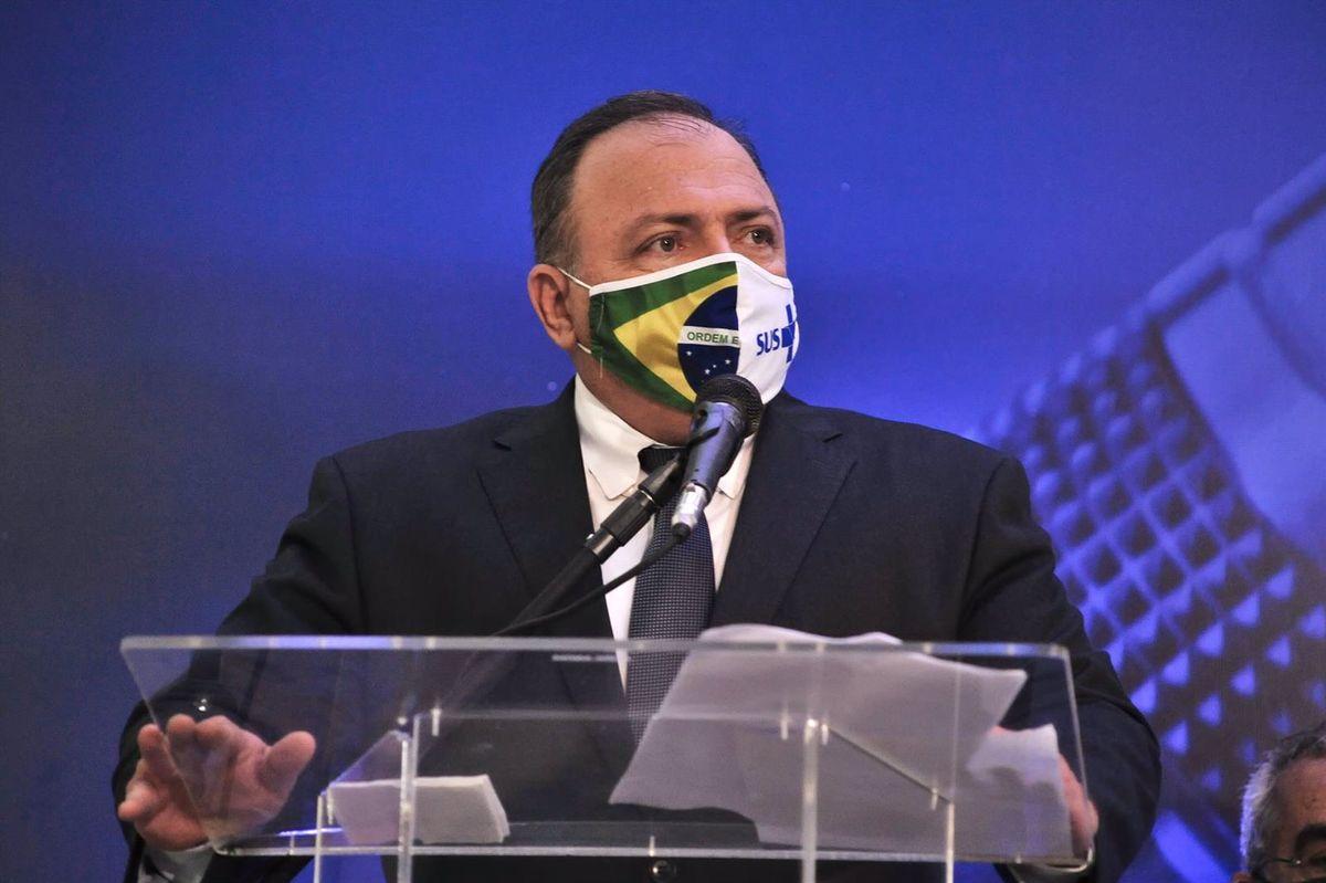 Exministro de Salud de Brasil alega sospecha de covid-19 para no comparecer en el Senado